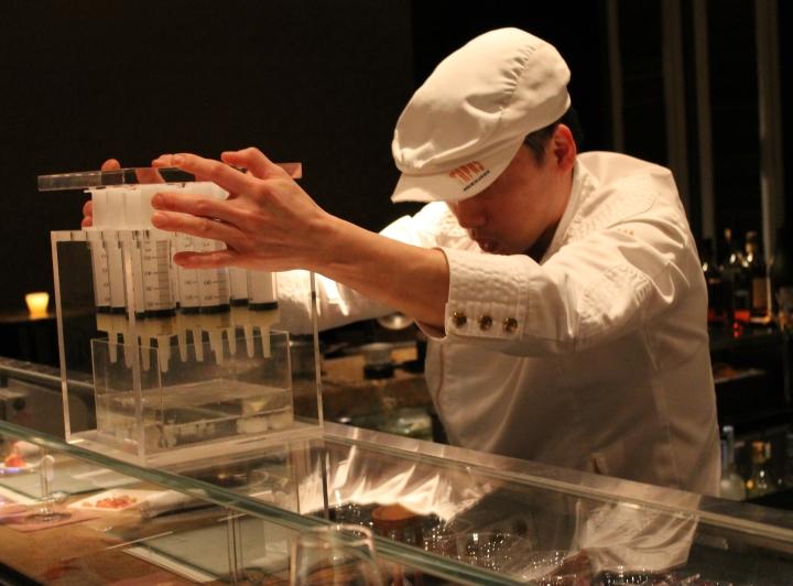 Creating the green apple caviar